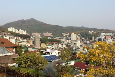 Seoul simple room near Hongdae and Sinchon - Seodaemun-gu - Andere