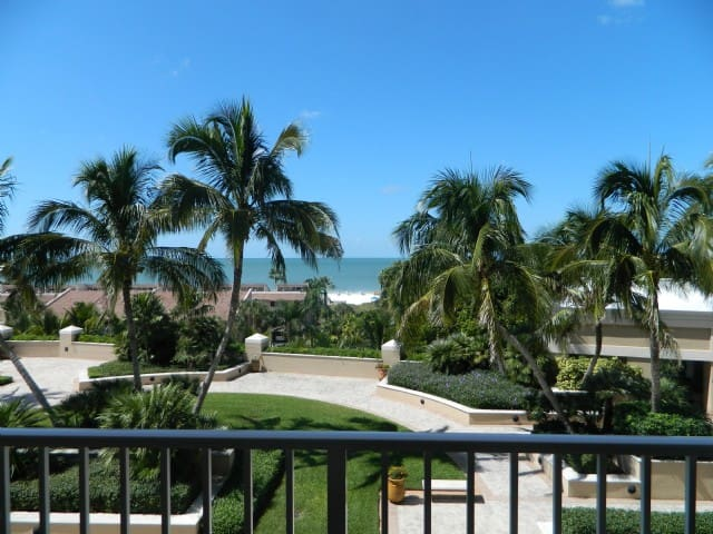 Beachfront Condo in Luxury Resort 705 - Marco Island - Condominium