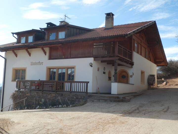 Willkommen in Südtirol-Unterkor Nova Ponente