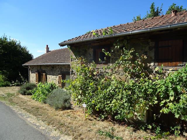 Maison dans les bocages de Meilhac - Meilhac - Rumah