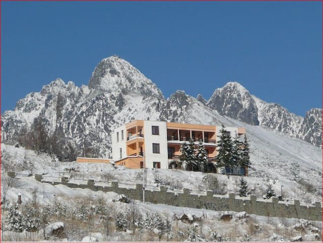 Hostel Penzion Partizan-the heart of High Tatras - Vysoké Tatry