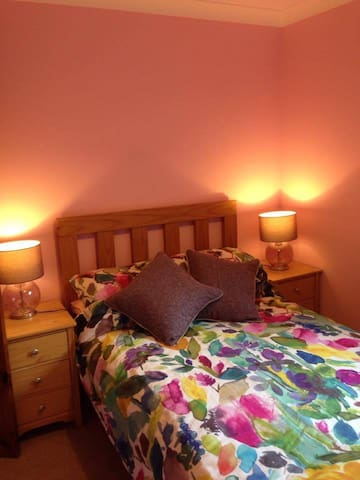 Cosy double room by the Tay - Birnam - Ev