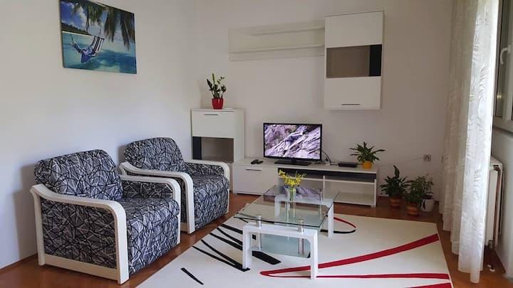 Villa Bruna apartment-garden view