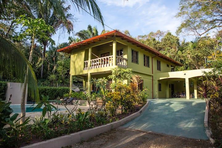 Casa Aloha on Calle los Mangos