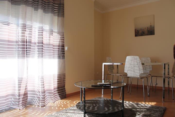 Gane White Apartment, Vila Franca de Xira - Vila Franca de Xira - Flat