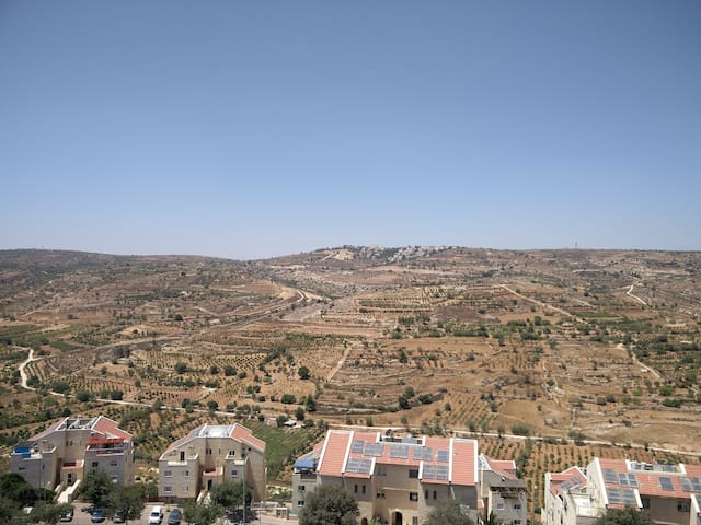Room, in Efrat, with a view. - Efrat - Wohnung