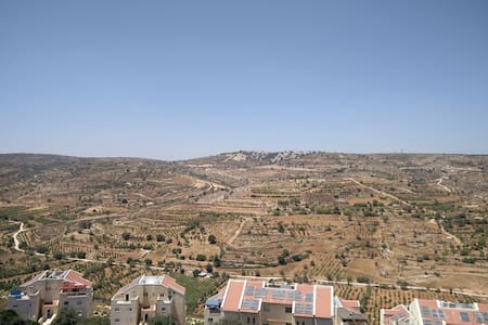Room, in Efrat, with a view. - Efrat - Lejlighed
