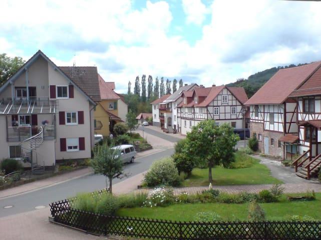 """Romantische Ferienwohnung """"Im Fachwerkglück"""" - Spangenberg - Wohnung"""