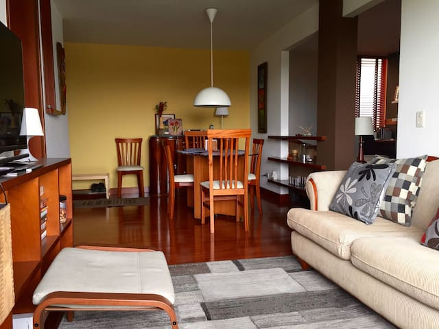 One bedroom 10 minutes from the airport
