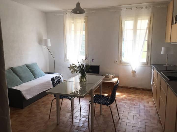 Bel appartement au centre du Collioure historique