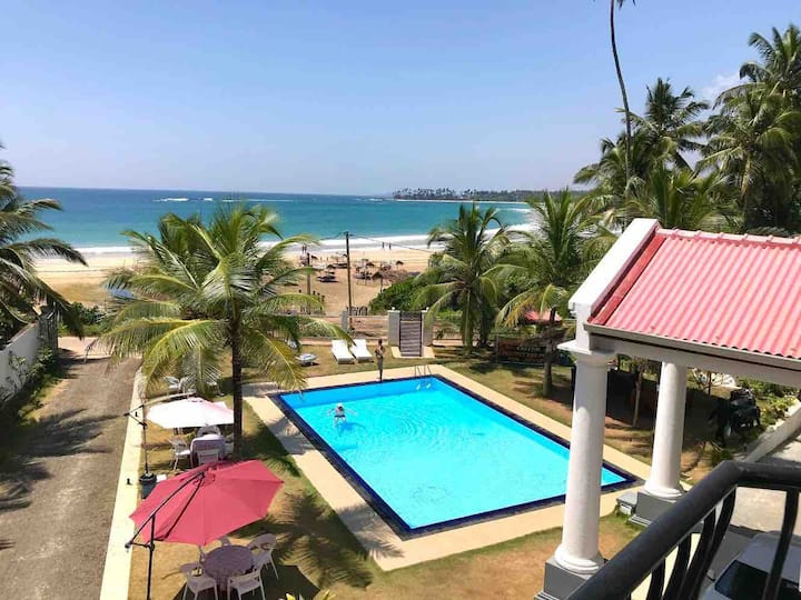 Crystal Resort dickwella.Double room(sea view)