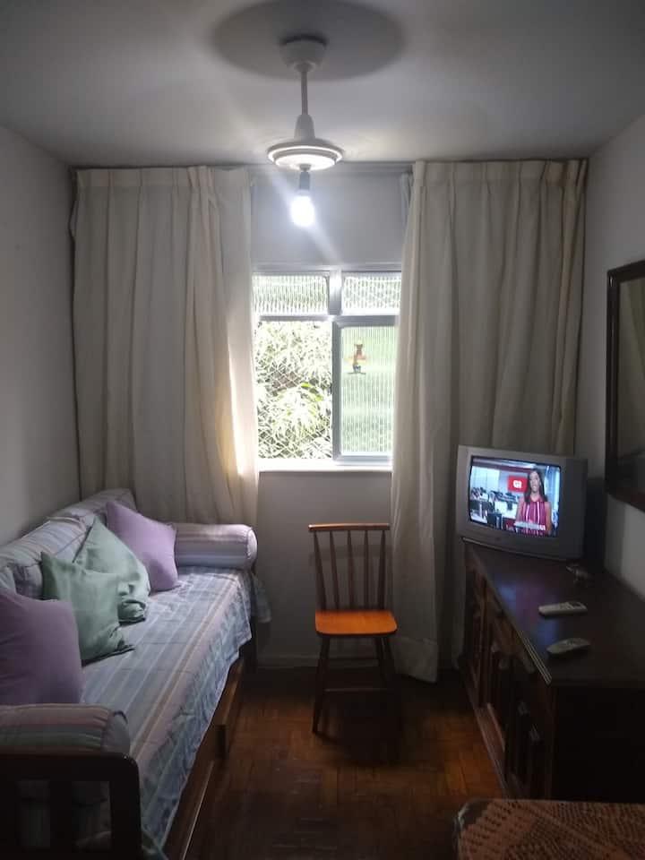 Sua casa, fora de casa, no Bairro da Glória-RJ-RJ