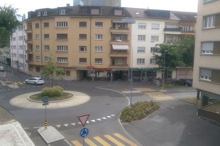 Spacious Studio In CityCenter - Bienne - Pis