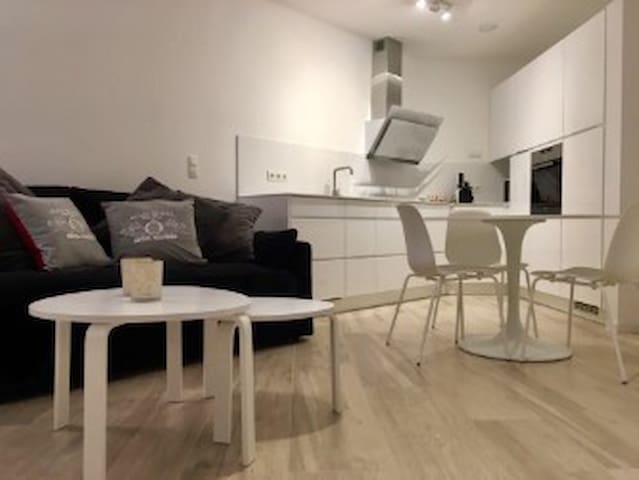 Cosy new city-apartment w/ parking