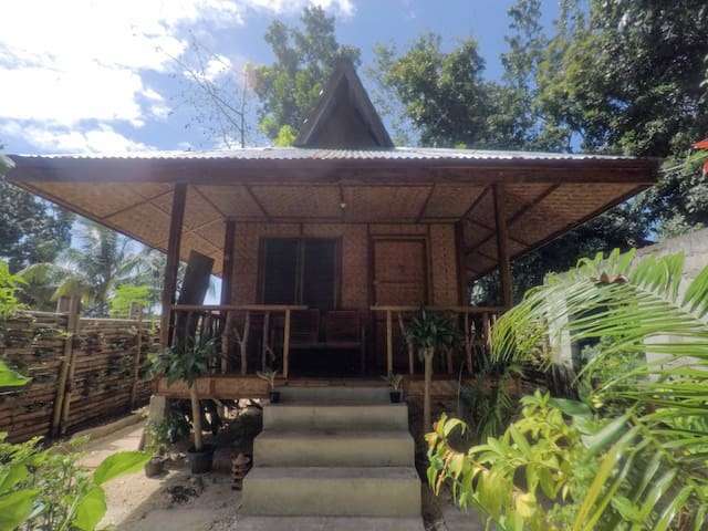 Samson's Cozy Hut - Near Siquijor port (3mins)