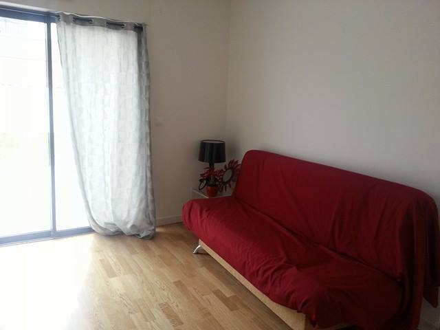 Private room and bathroom close to city center - Reims - House