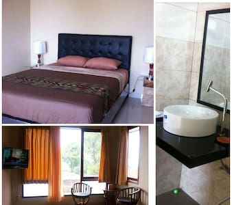 Rumah 88, a Homey Bed & Breakfast (Room D Only) - Bandung - Bed & Breakfast