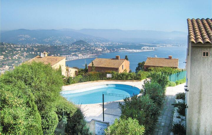 Beautiful home in Theoule sur Mer with WiFi and 3 Bedrooms