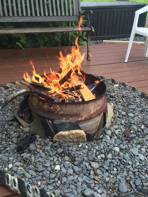 Gather around the fire pit in the evening to tell your fishing stories.