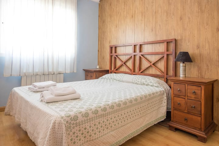 Azur Double Room - Robledo de Chavela - Bed & Breakfast