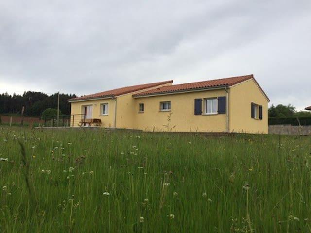Vacances à la campagne près du Puy en Velay
