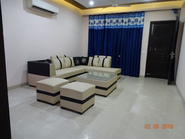 Entire Indep 02 BHK Luxury Apartment near Metro