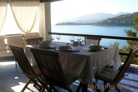 The Terrace on the sea. Luxury&Cozy - Torre Delle Stelle (Maracalagonis)