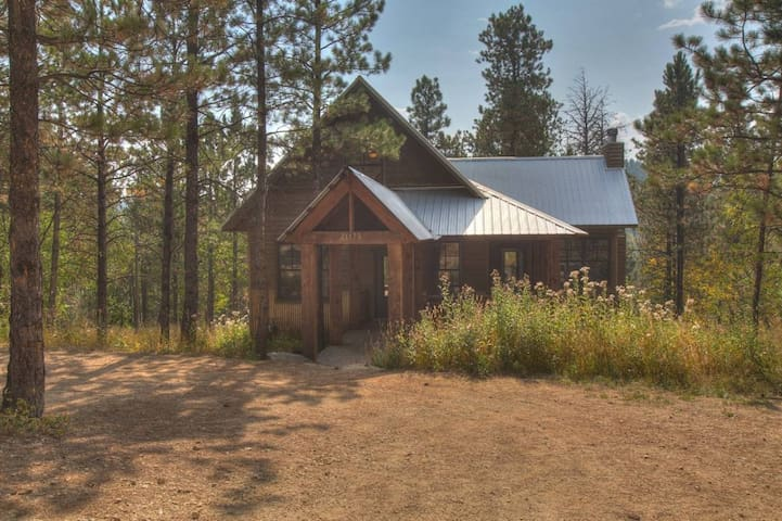 Gold Rush Lodge