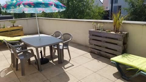 Duplex au calme avec grande terrasse