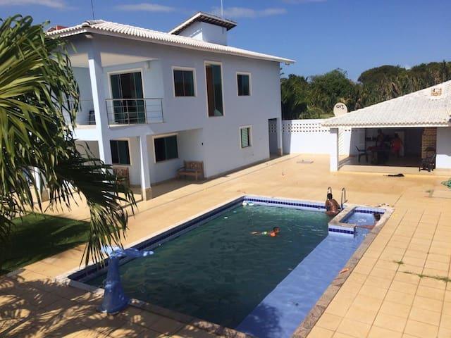 Casa Alto padrão com piscina área de gourmet