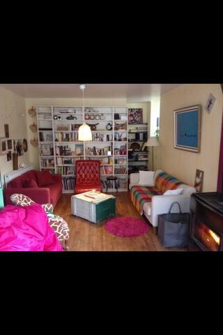Nuit Petit Déj avec vue sur Poncin - Poncin - Bed & Breakfast