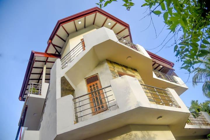 KT-Villa.