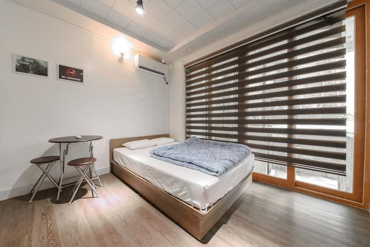 ItaewonYellowGuesthouse - Double room w bathroom 3