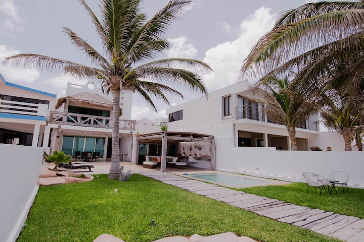 Ocean Front Progreso Beach House