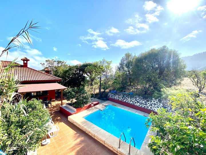 Rural House with Pool 3 bedrooms in Valsequillo