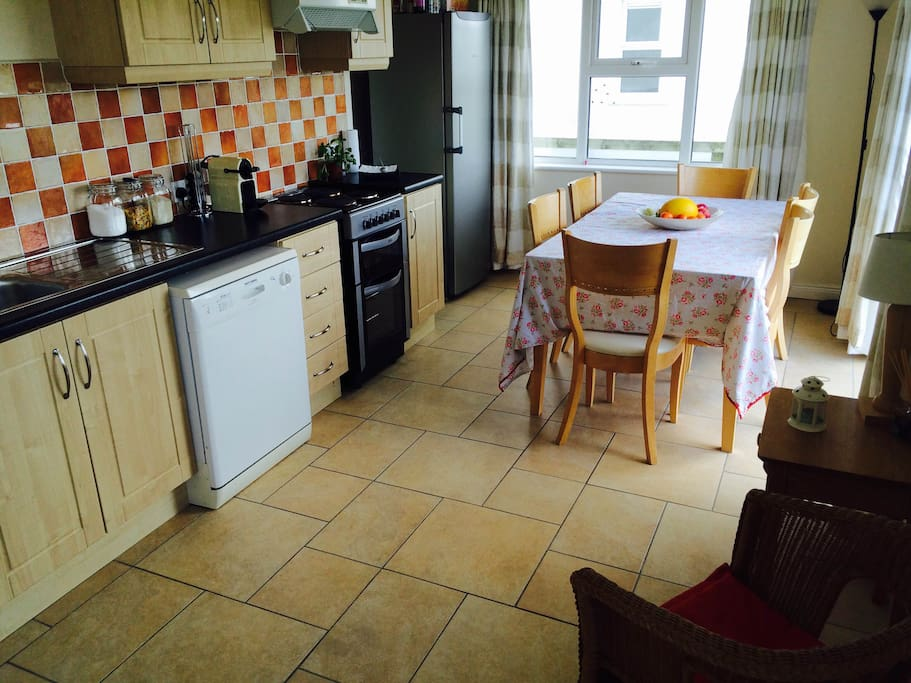 Fully furnished kitchen with all appliances
