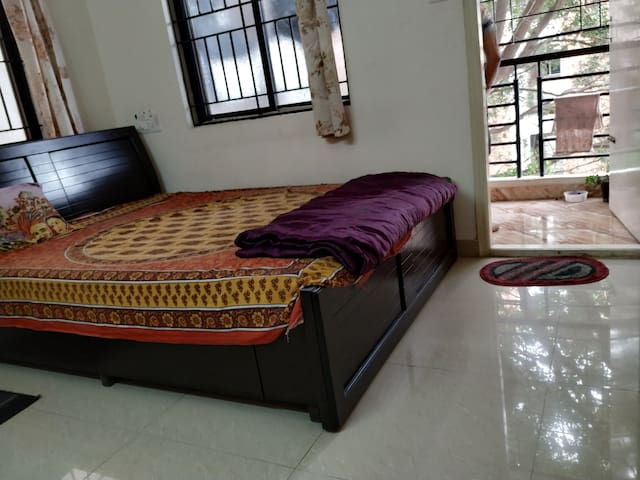 3BHK Entire House in Gated Society wt Kitchen