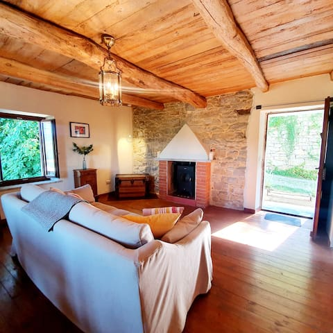 Guest Suite In the Heart of the Alta Langa