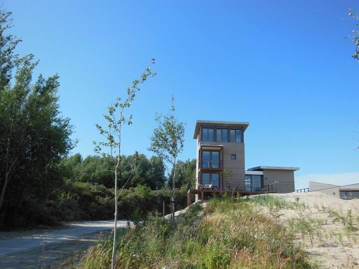 Luxe Toren Villa voor 8 personen in Ouddorp