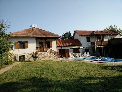 Spacious villa with pool & modern facilities.