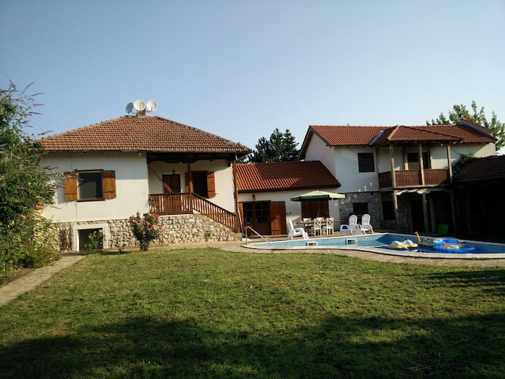 Spacious villa with pool & modern facilities.