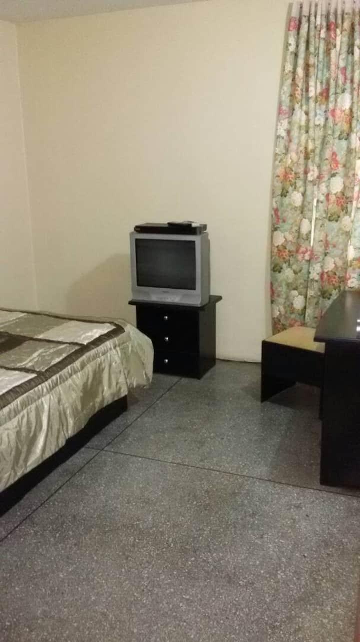 Alquilo 1 Habitación equipada