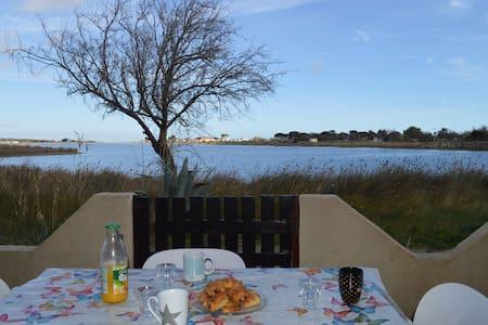 Charmant pavillon vue sur la Lagune - Les Ayguades