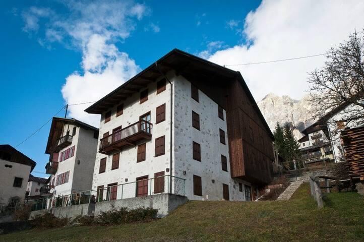 Appartamento San Vito-Dolomiti-6km da Cortina
