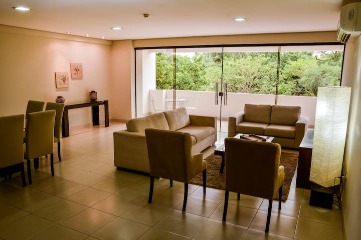 Excepcional Apartamento de 3 Dorm. Realty Sta Rosa
