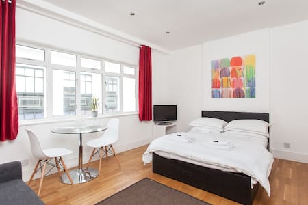 Oxford St Modern & Bright Studio - London - Apartment