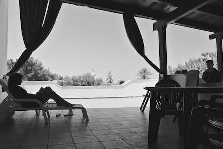 Villa nel parco delle dune di Ostuni - Pilone