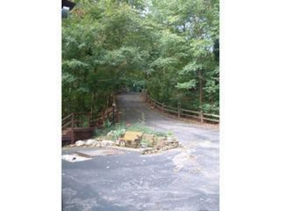 Privacy and seclusion- long driveway