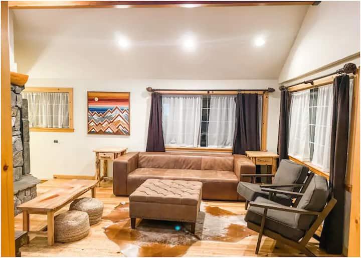 5 bedroom cabin in the heart of kings beach