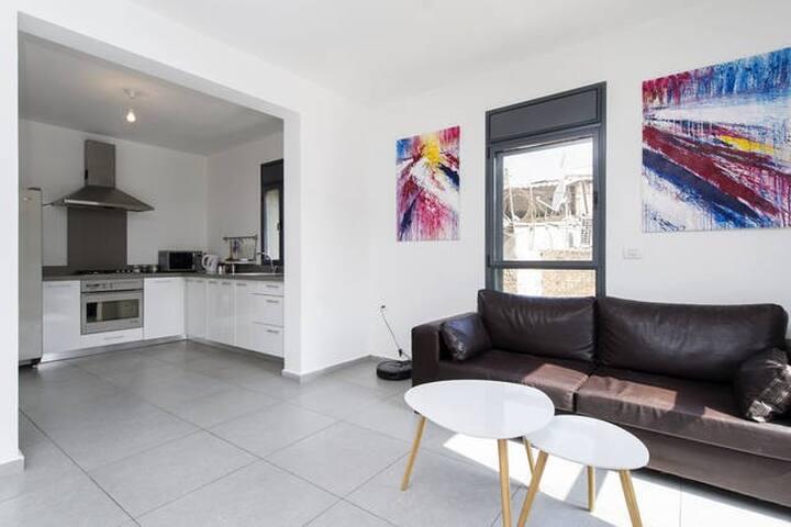Classic, clean room - Modern Duplex - Tel-Aviv-Yafō - Pis